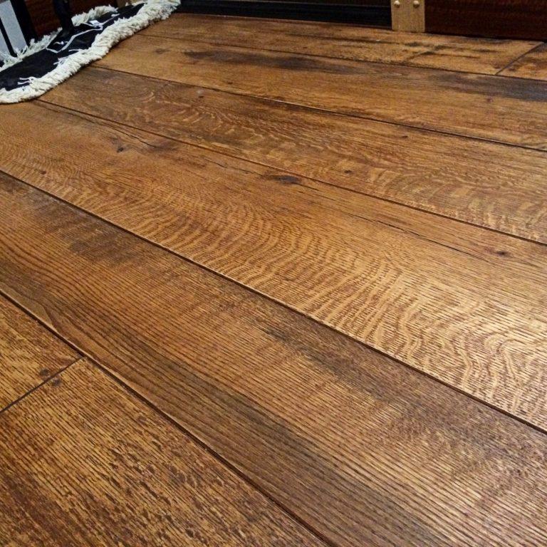 Rustic Rift/Quarter Red Oak